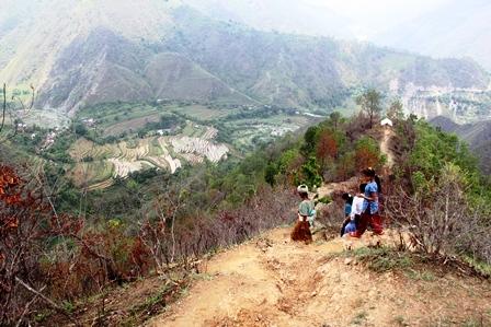 2015-10-21-1445438315-37708-Nepal3.jpg