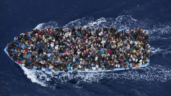 2015-10-21-1445465654-1350031-refugees.jpg