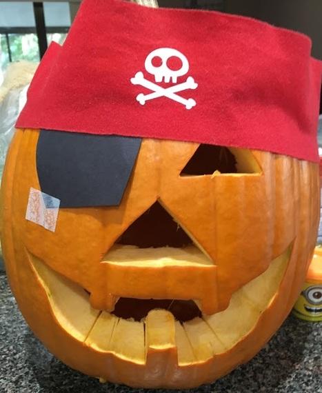 2015-10-23-1445622700-8395574-PiratePumpkinedit.jpg