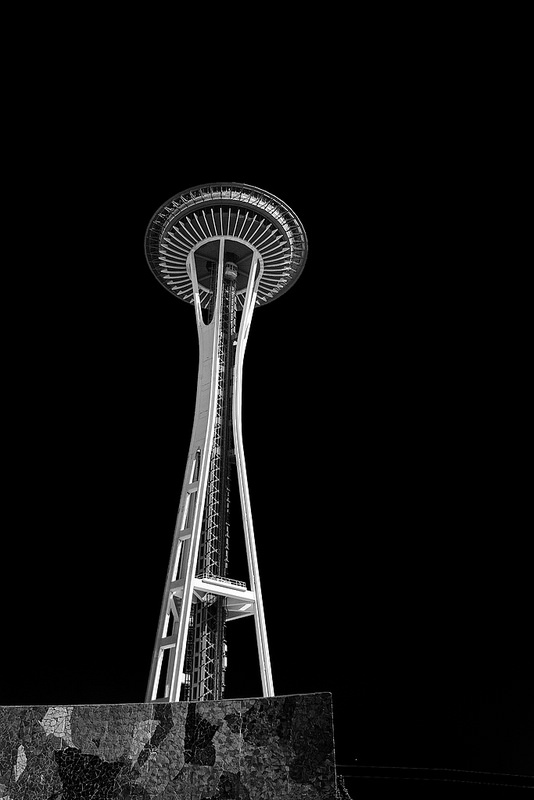 2015-10-26-1445841221-3785469-SpaceNeedle.jpg