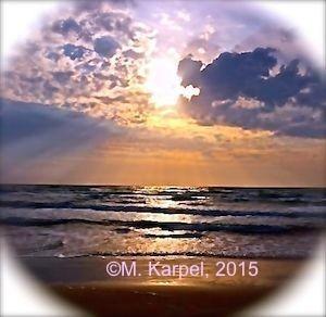 2015-10-27-1445912923-6810876-SunandOcean1.jpg