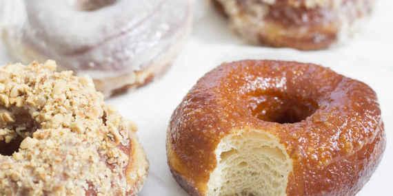 2015-10-27-1445956952-8789587-Donuts_7.jpeg