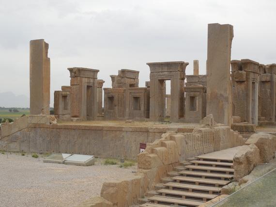 2015-10-27-1445962039-1036718-Persepolis.JPG