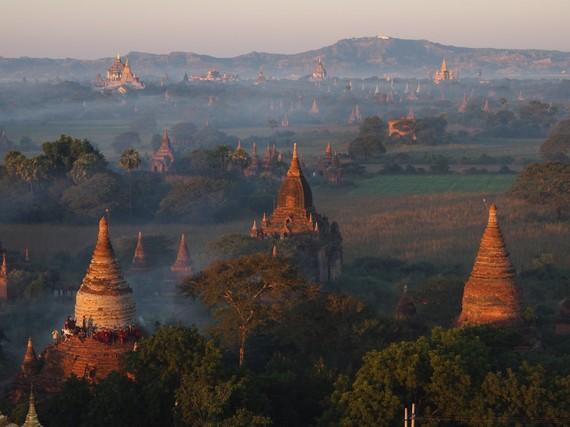 2015-10-28-1446041661-4558623-Bagan.jpg