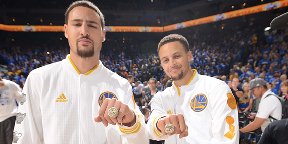 2015-10-28-1446043013-2574817-CurryKlay.png