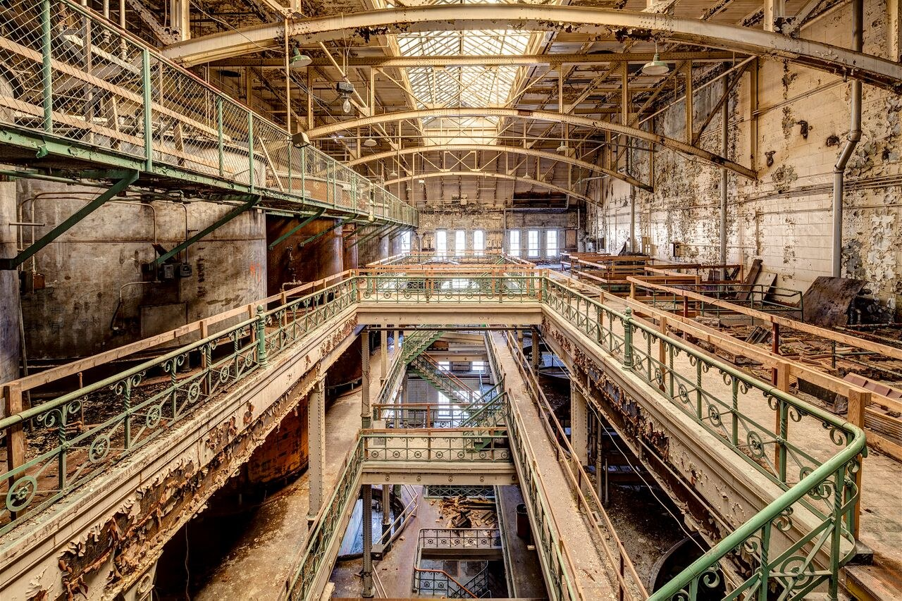 10 Stunningly Beautiful Abandoned Buildings In America