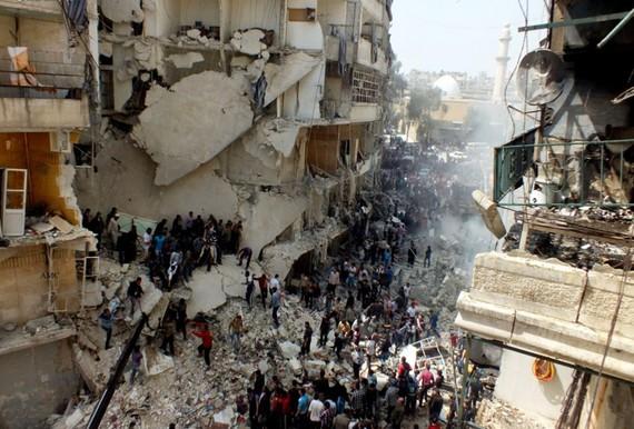 2015-10-29-1446141457-4261917-syria2013Aleppo.jpg
