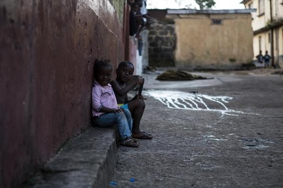 2015-11-03-1446557091-2447021-UNI171294_Ebola_Disasters.jpg