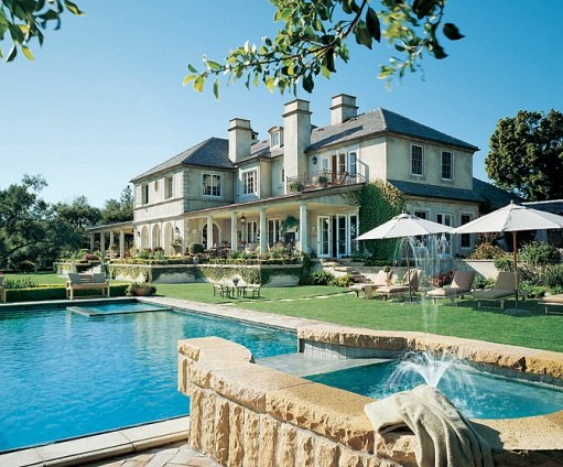 11 amazing celebrity pools huffpost - Architectural digest celebrity homes 2016 ...