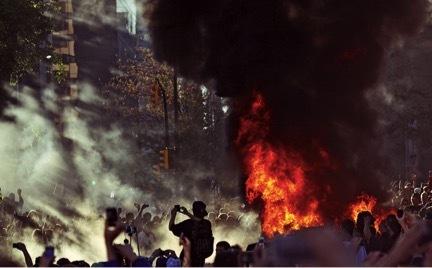 2015-11-04-1446677341-1675523-riots.jpg
