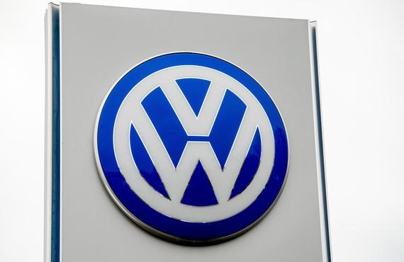 2015-11-05-1446686779-6107224-VW_original.jpg