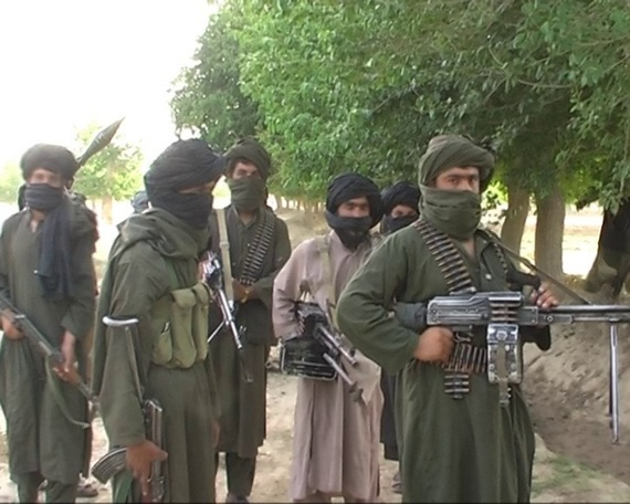 2015-11-05-1446716924-1424158-Afghan20150809105118Afghan_Taliban_mujaheddin.jpg