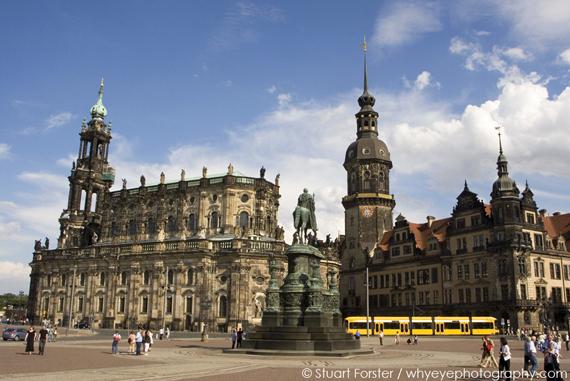 2015-11-10-1447177491-5901136-SF_Dresden_03.jpg