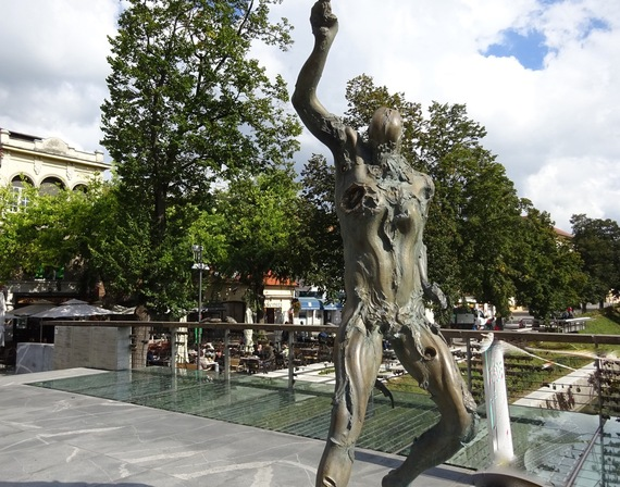 2015-11-11-1447261450-2444859-LjubljanaLocksofLoveBridgePrometheus.jpg