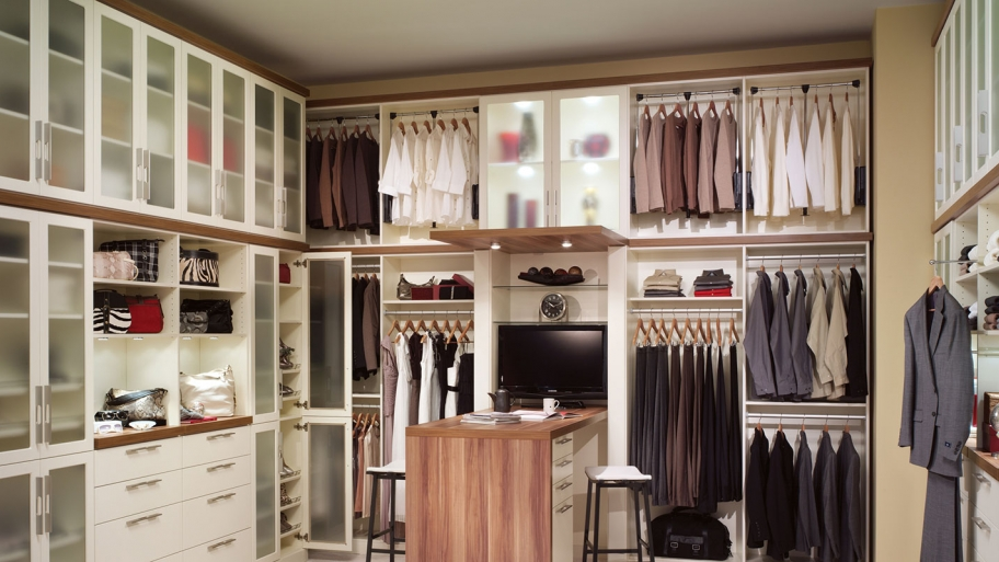 How To Organize Your Closet Like A Pro HuffPost