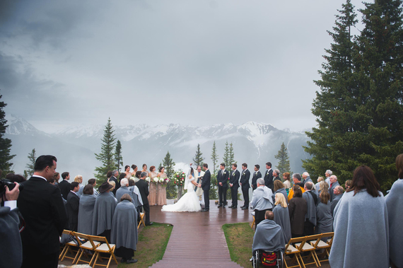 2015-11-16-1447681475-9588542-mountainweddingninephotography.jpg