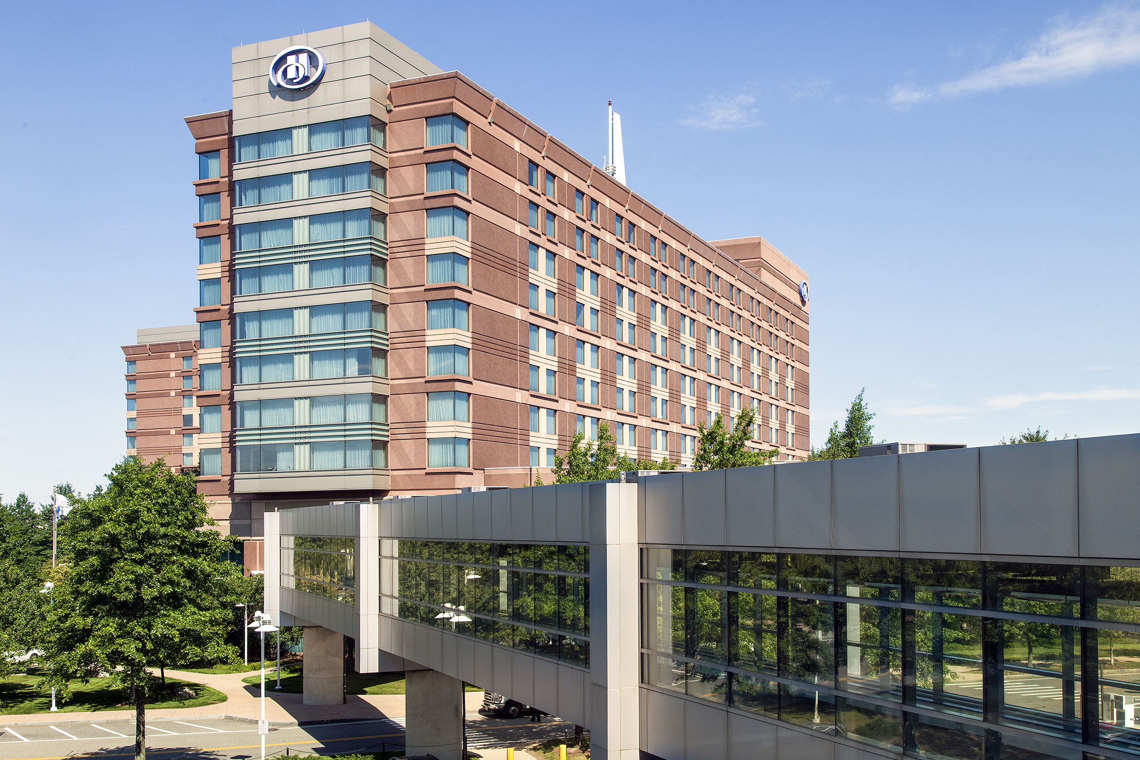 Hotels With Free Shuttle Service To Logan Airport