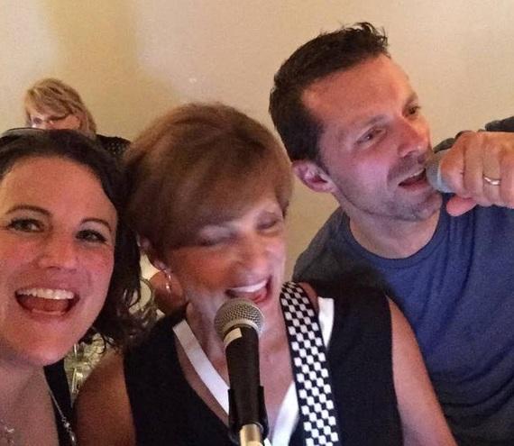 2015-11-16-1447692021-2559652-Selfie_on_stage_with_Mom_Jennie_Sutherland.jpg