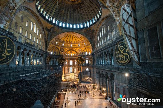 2015-11-16-1447713923-3173890-istanbul.jpg