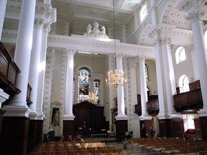 2015-11-17-1447789837-7588977-640pxChrist_Church_Spitalfields_04.jpg