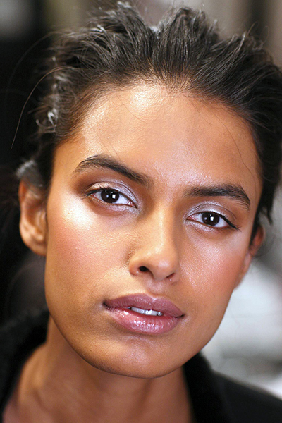 15 Common Eyebrow Mistakes You Re Probably Making Huffpost Life