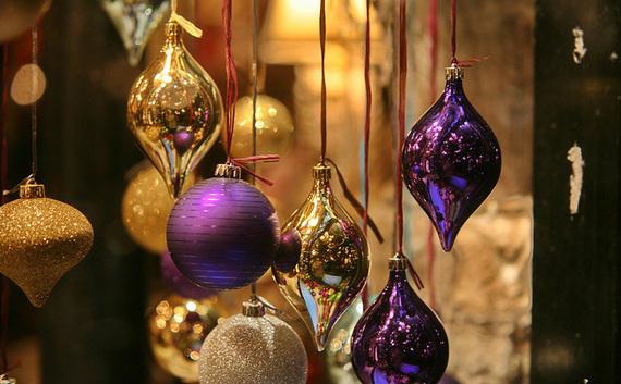 2015-11-18-1447872537-2043609-5decorations.jpg