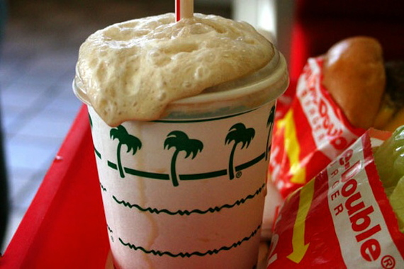 2015-11-19-1447975678-1907896-rootbeerfloat.jpeg