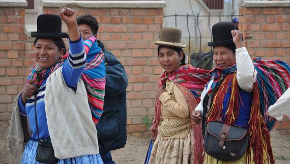 2015-11-21-1448147505-202956-Bolivianwomen1.jpg
