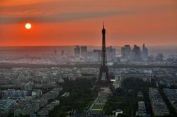 2015-11-22-1448226232-9387251-ParisTowerSunset.jpg