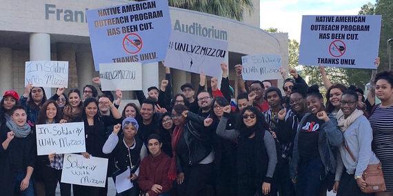 2015-11-22-1448231682-6578241-UNLVstudentprotest.jpg