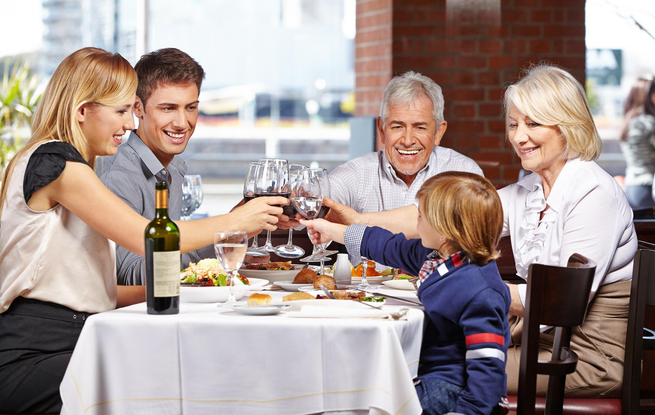 26 restaurants open on thanksgiving day 2015 huffpost for What restaurants are open on thanksgiving