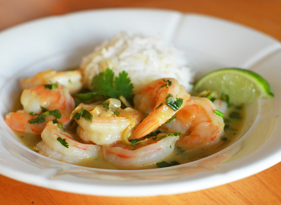 2015-11-24-1448333192-8775919-ThaiShrimpCurry1575x420.jpg