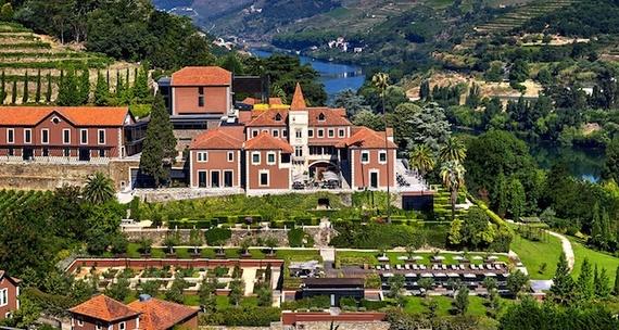 2015-11-24-1448358456-2100207-six_senses_douro_valley_aerial_view_6168a4.jpg