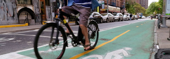 2015-11-24-1448389334-6780459-bikelanesbicyclingbicycleManhattanNewYorkTDCccr304.jpg