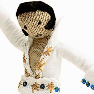 2015-11-30-1448883324-7509769-crochet_elvis300x300.jpg