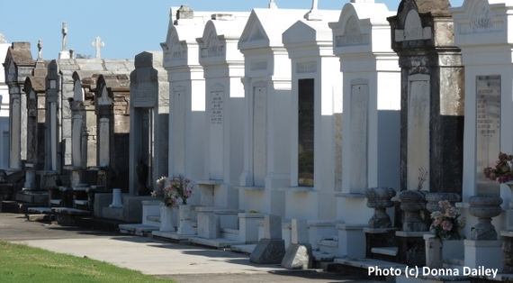 2015-11-30-1448899358-7569382-St_Louis_Cemetery_Number_3_New_Orleans.jpg