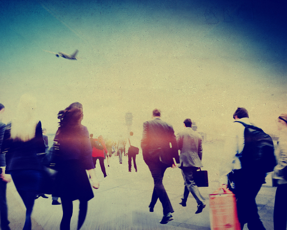 2015-12-02-1449071268-8231632-airport2.jpg