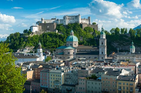 2015-12-02-1449090449-7853913-SalzburgFoto.jpg