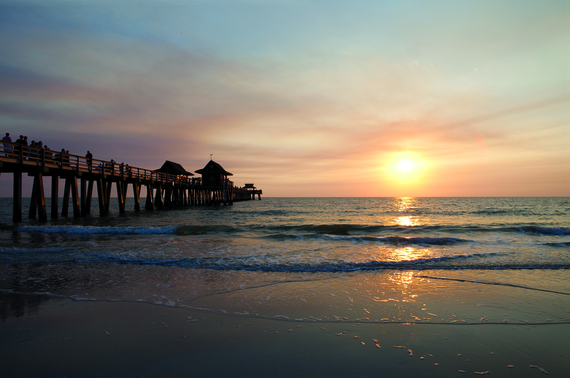 2015-12-03-1449137398-9109899-2_Naples_Pier_Sunset_option2.jpg