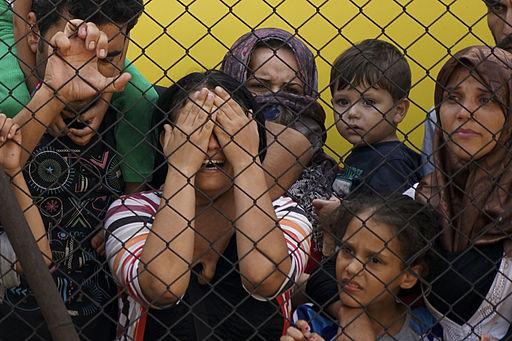 2015-12-03-1449167814-6585487-Syrian_Refugees_Budapest.jpg
