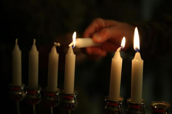 2015-12-07-1449461596-5648965-Hanukkah_candlesMedium.jpg