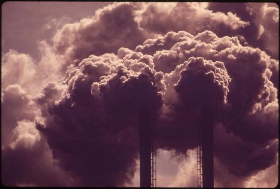 2015-12-07-1449462239-9734422-coalpollutionDrReeseHalter.jpg