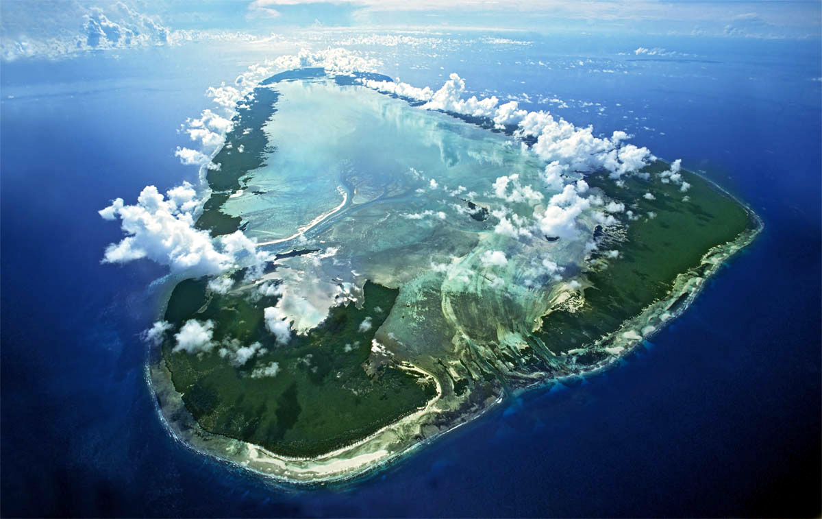 The Aldabra Atoll, an ultra-ecosystem preserved in the ...