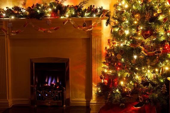 2015-12-09-1449688039-6404811-HolidayHazards.jpg