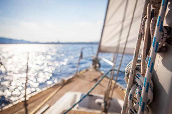 2015-12-09-1449688269-5956423-Sailing_019copia.jpg