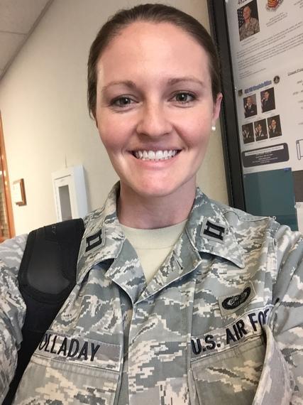 2015-12-11-1449861208-2742569-Melanie_airforce.JPG