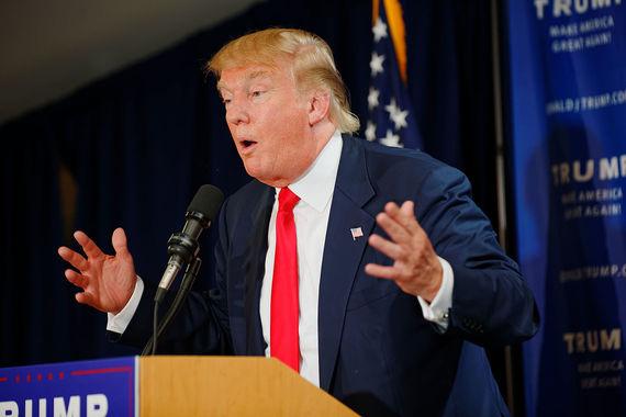 2015-12-11-1449865712-5474667-Donald_Trump_Laconia_Rally_Laconia_NH_4_by_Michael_Vadon_July_16_2015_03.jpg