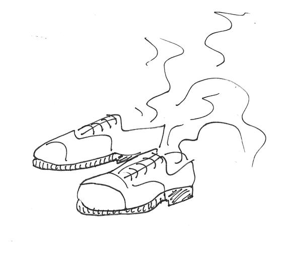 2015-12-13-1449979817-8822859-shoes2.jpg