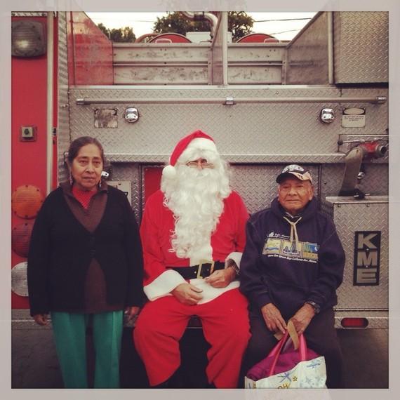 2015-12-14-1450066497-1431317-SantaTruck.jpg