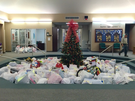 2015-12-14-1450115196-938116-AngelTree.jpg